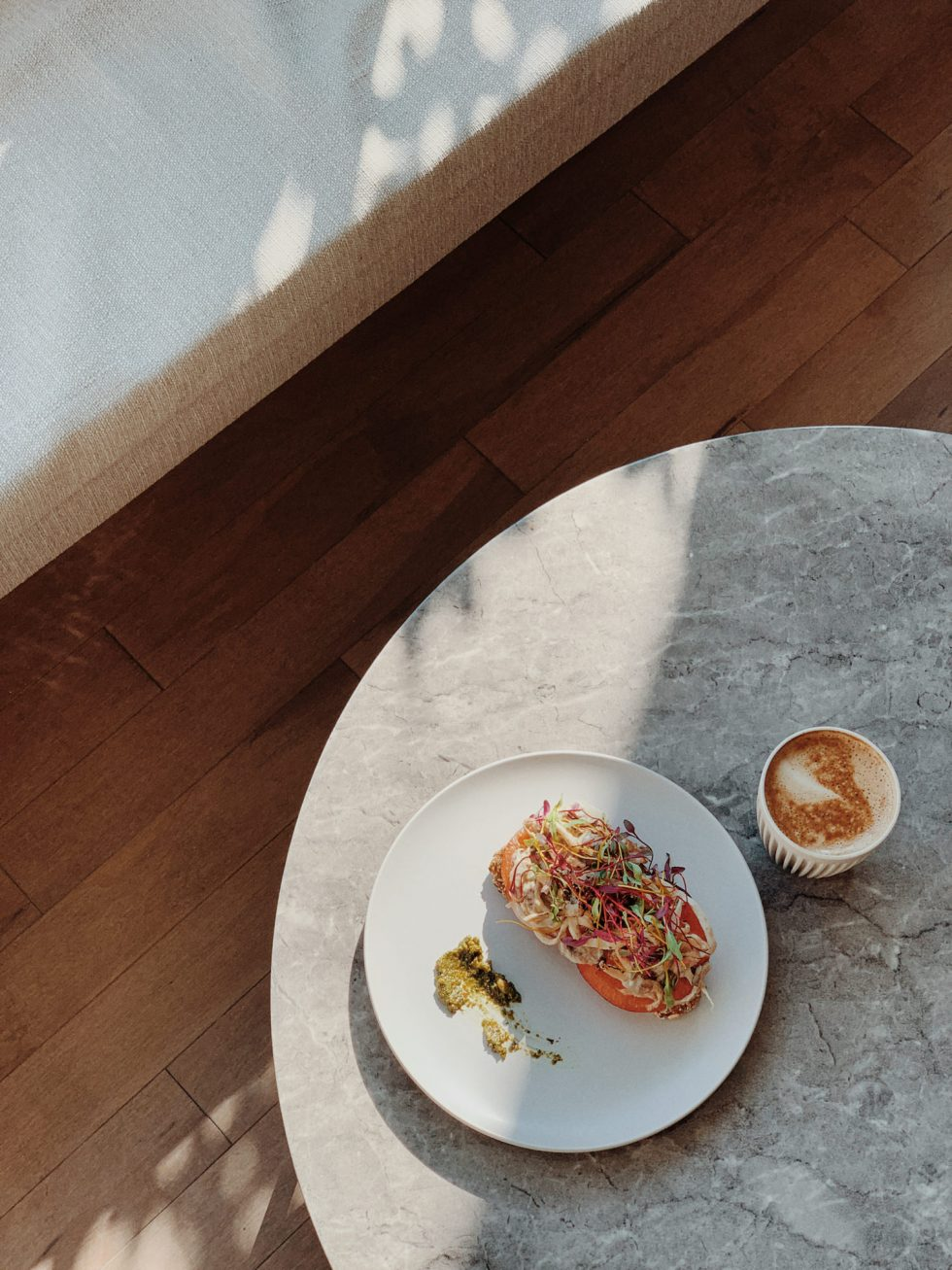 archway-bar-vegan-restaurant-food-montreal-lifestyle-photographer-laura-g-diaz-2
