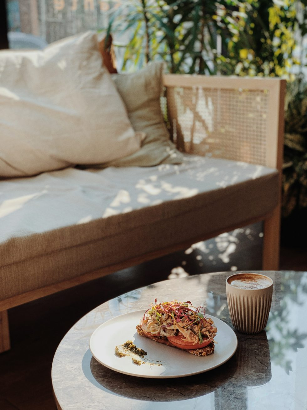 archway-bar-vegan-restaurant-food-montreal-lifestyle-photographer-laura-g-diaz