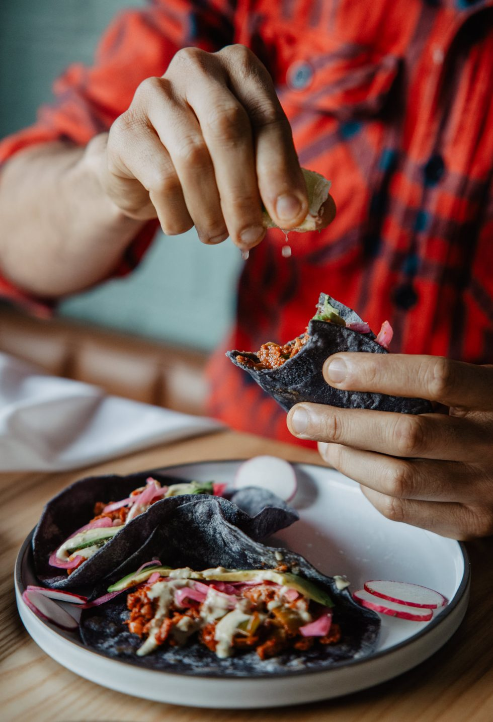 casa-kaizen-sushi-momo-christian-ventura-montreal-vegan-food-restaurant-photographer-laura-g-diaz-8
